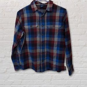 NWOT Boys long sleeved button down flannel